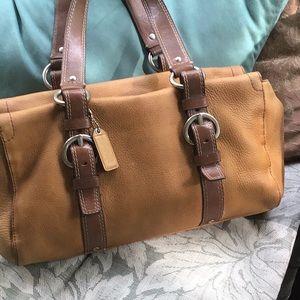 Awesome Vintage Coach leather shoulder bag